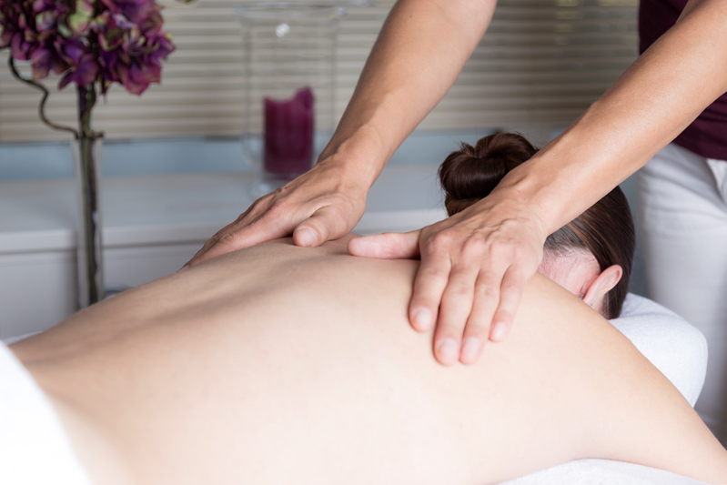 Lomi Lomi Massage Touch of Health Hellevoets